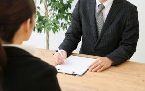 マーケティングが先か、スタッフを雇う事が先か?